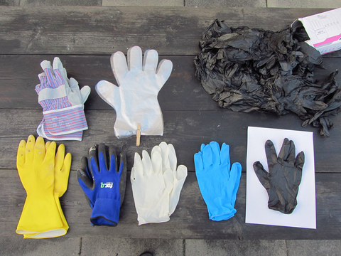 gloves for silicone sealent and oogoo